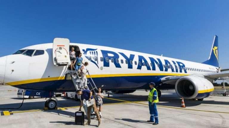 Drunk Passengers Force Ryanair Flight To Land At Beauvis Airport