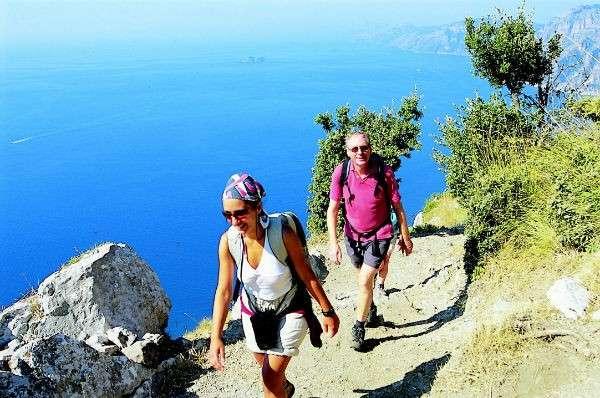 TravMedia United Kingdom 1218168 walking amalficoast track