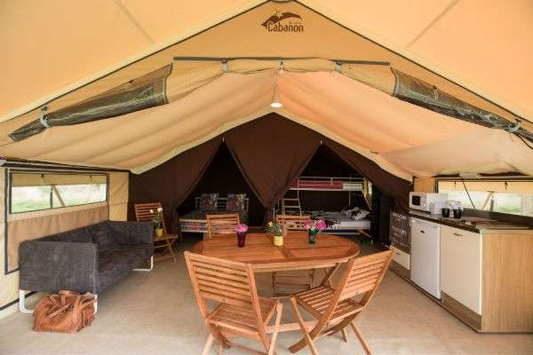 TravMedia United Kingdom 1218575 Ready Camp interior