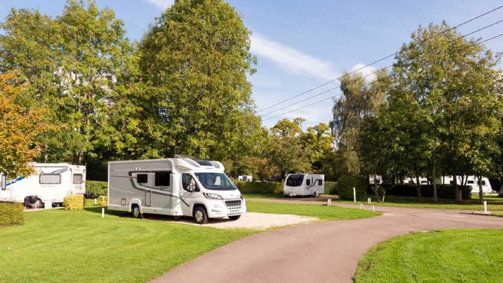moreton on march caravan park